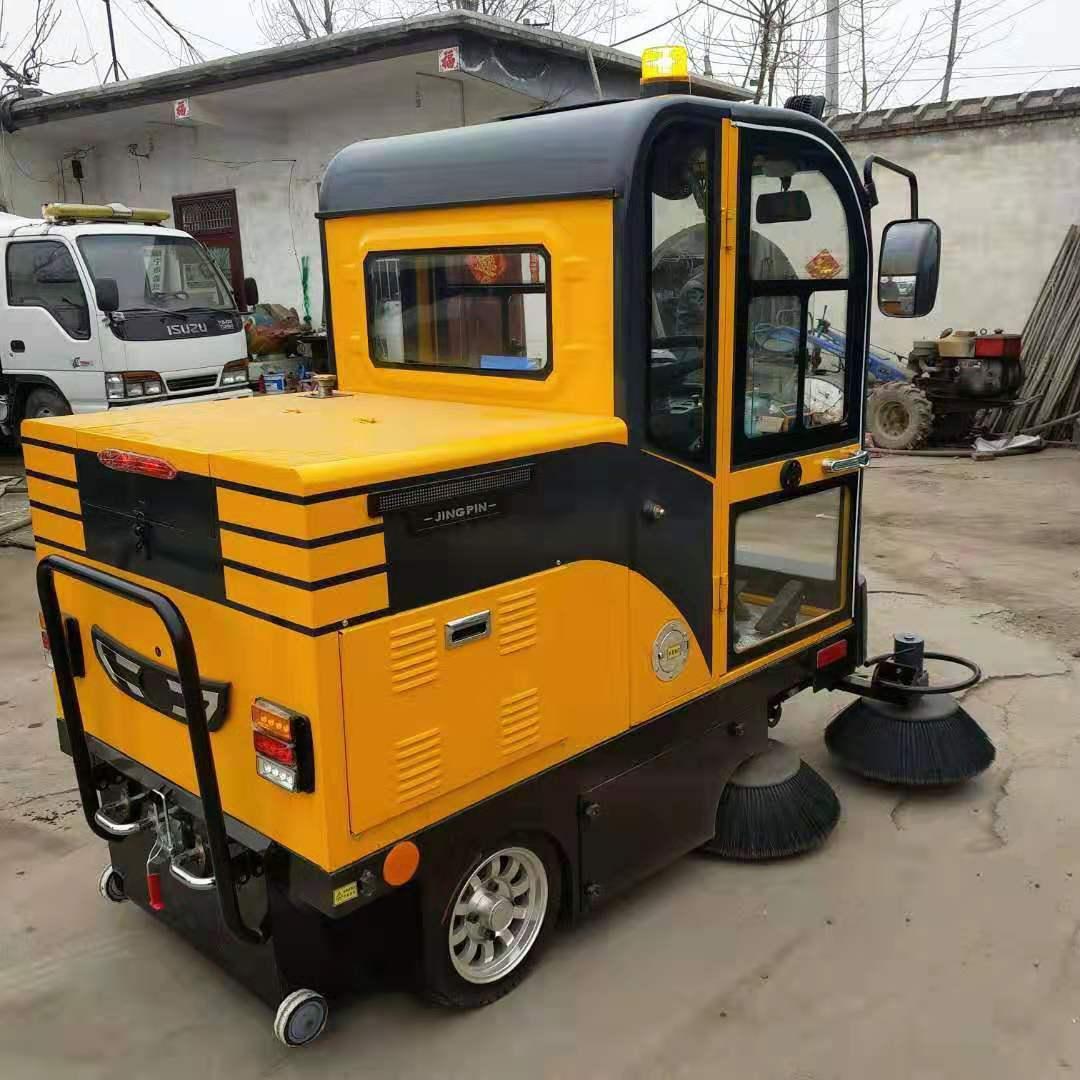 青岛市扫地车定制厂家 低价订购扫地车 扫地专用车价格哪里便宜