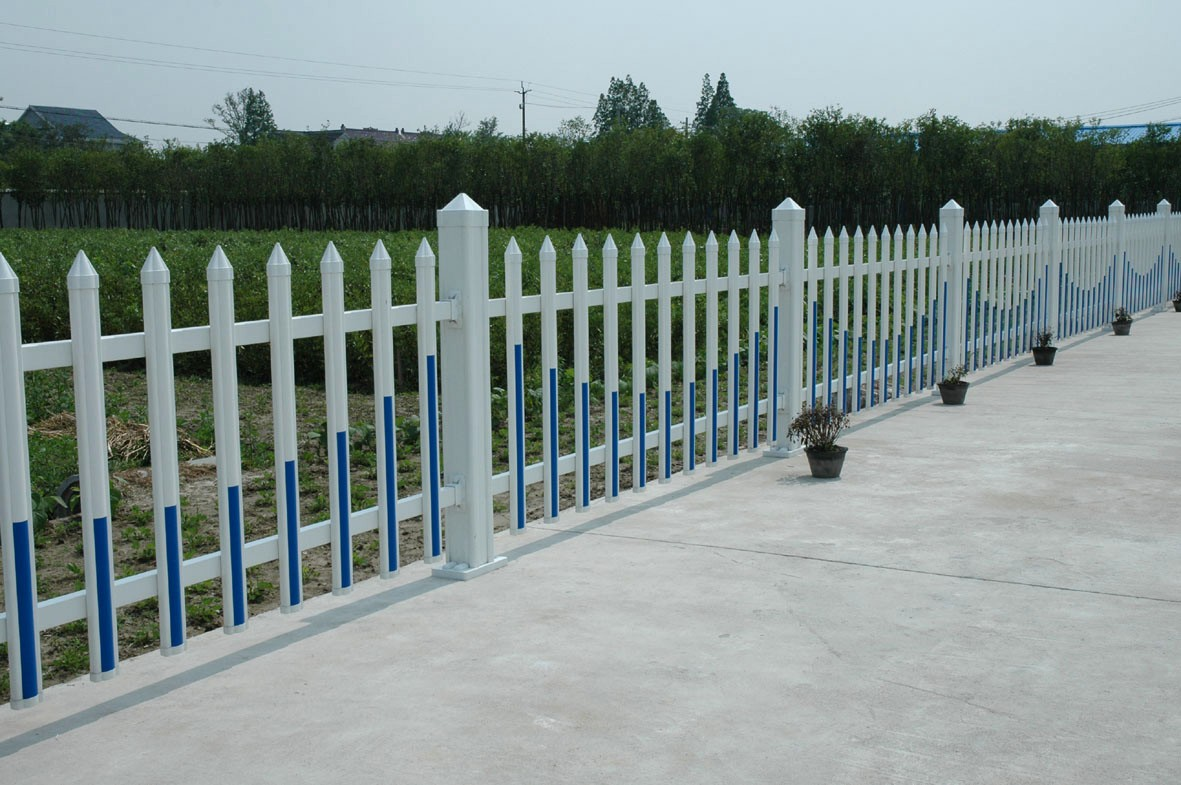 PVC护栏  草坪护栏