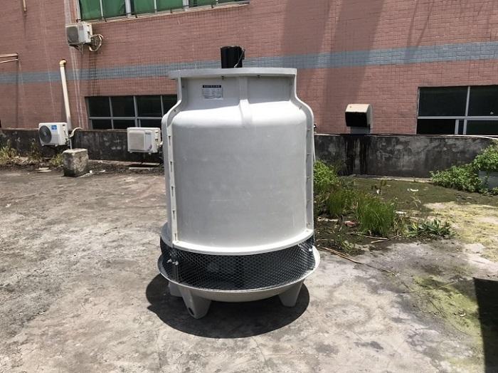 东莞水塔直销10T 20T 30T 40T 50T 60T圆形玻璃钢冷却塔厂家