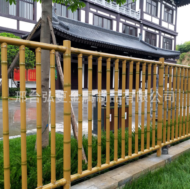 河北仿竹护栏安装价格 弘更金属直销