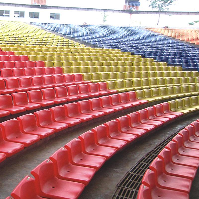 成都亿洲体育场馆座椅生产厂家现货直供中空吹塑塑料看台椅子户外排椅yz-2200