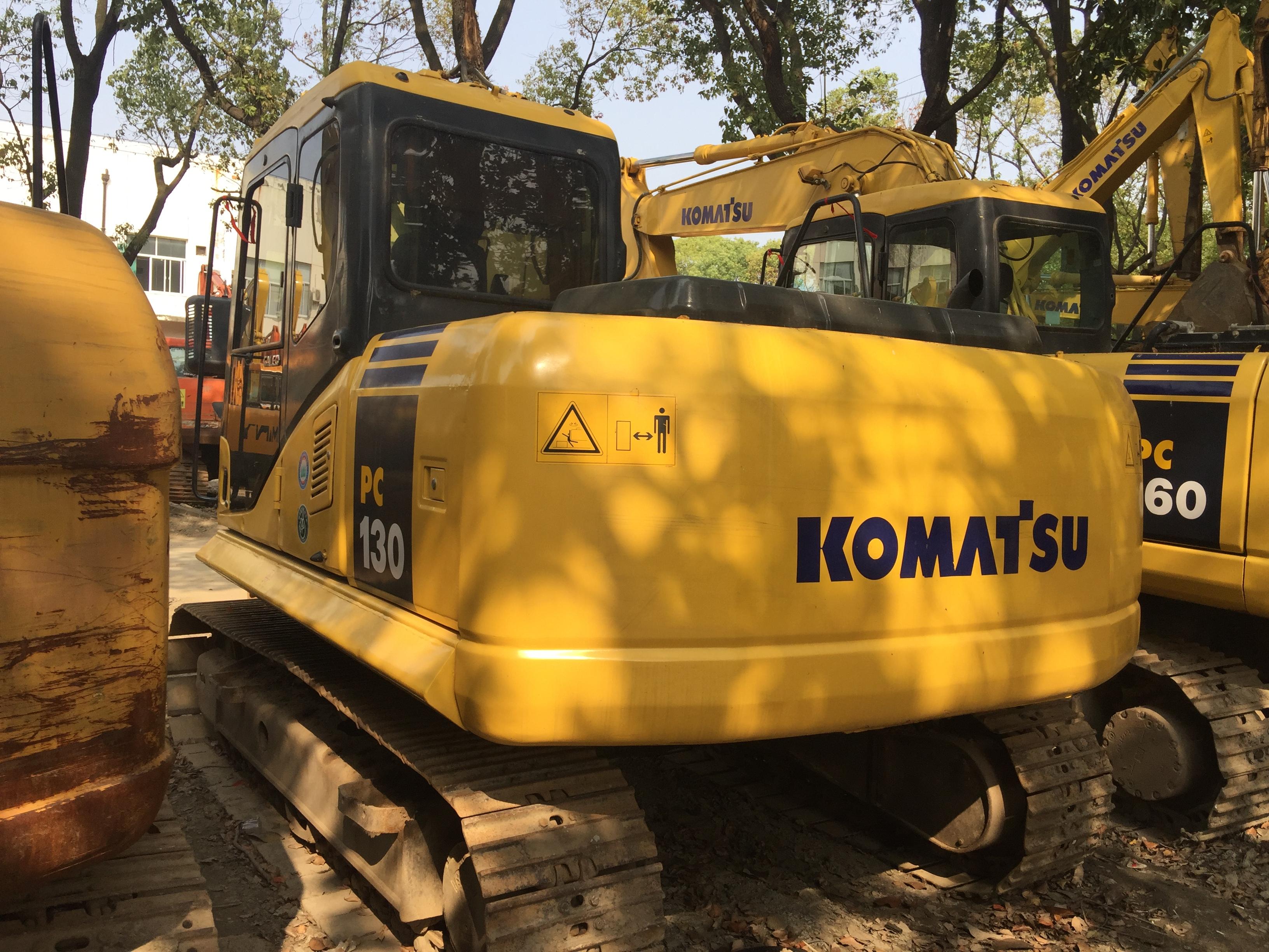 小松挖掘机 二手小松130挖掘机