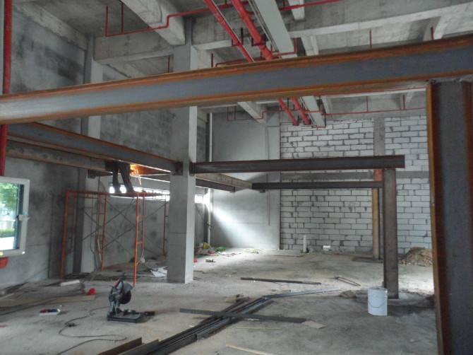 北京钢结构阁楼搭建夹层制作 钢构楼梯焊接 承重墙槽钢工字钢搭建隔层