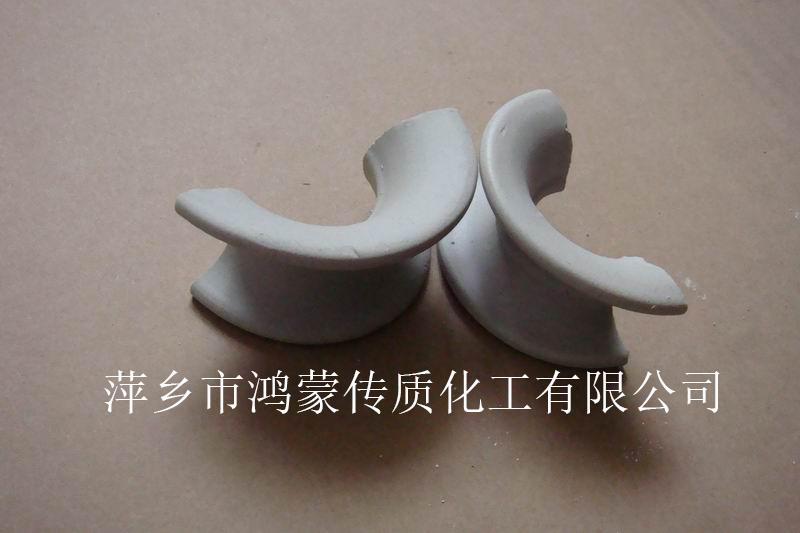 供应陶瓷矩鞍环填料厂家直销