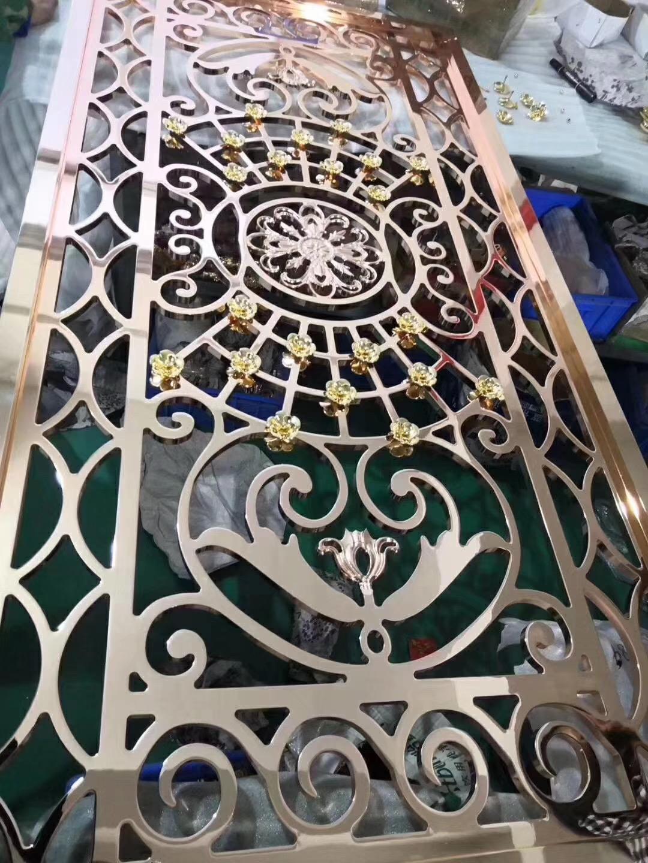 广东湛江铜楼梯厂家定制安装价格铜楼梯定制哪家好 金丝雀金属