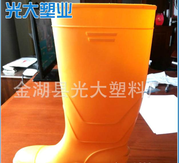 纯色高筒黄帮黑底亮面雨靴销售
